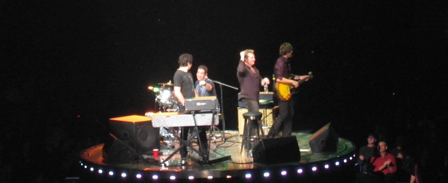 Rascal Flatts plus Drummer on Center Stage