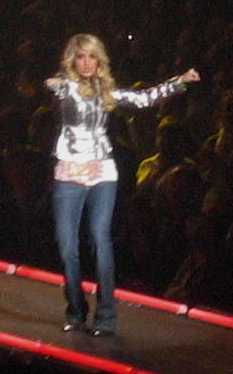 Carrie Underwood on the Runway 2
