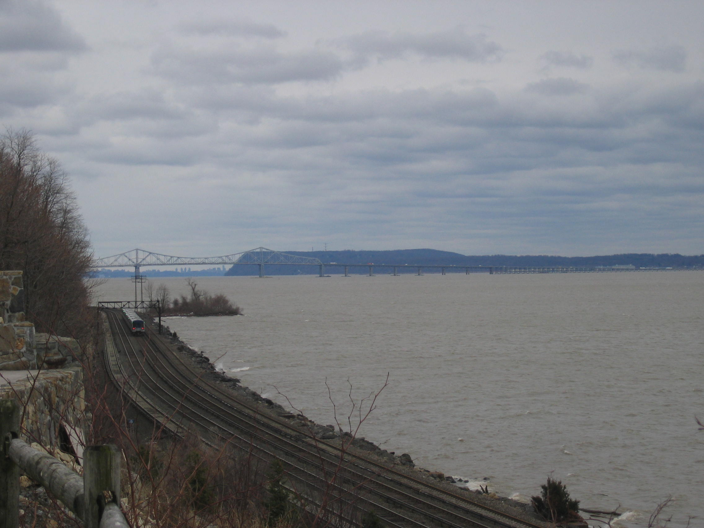Canon S410 Zoom Tappan Zee Bridge