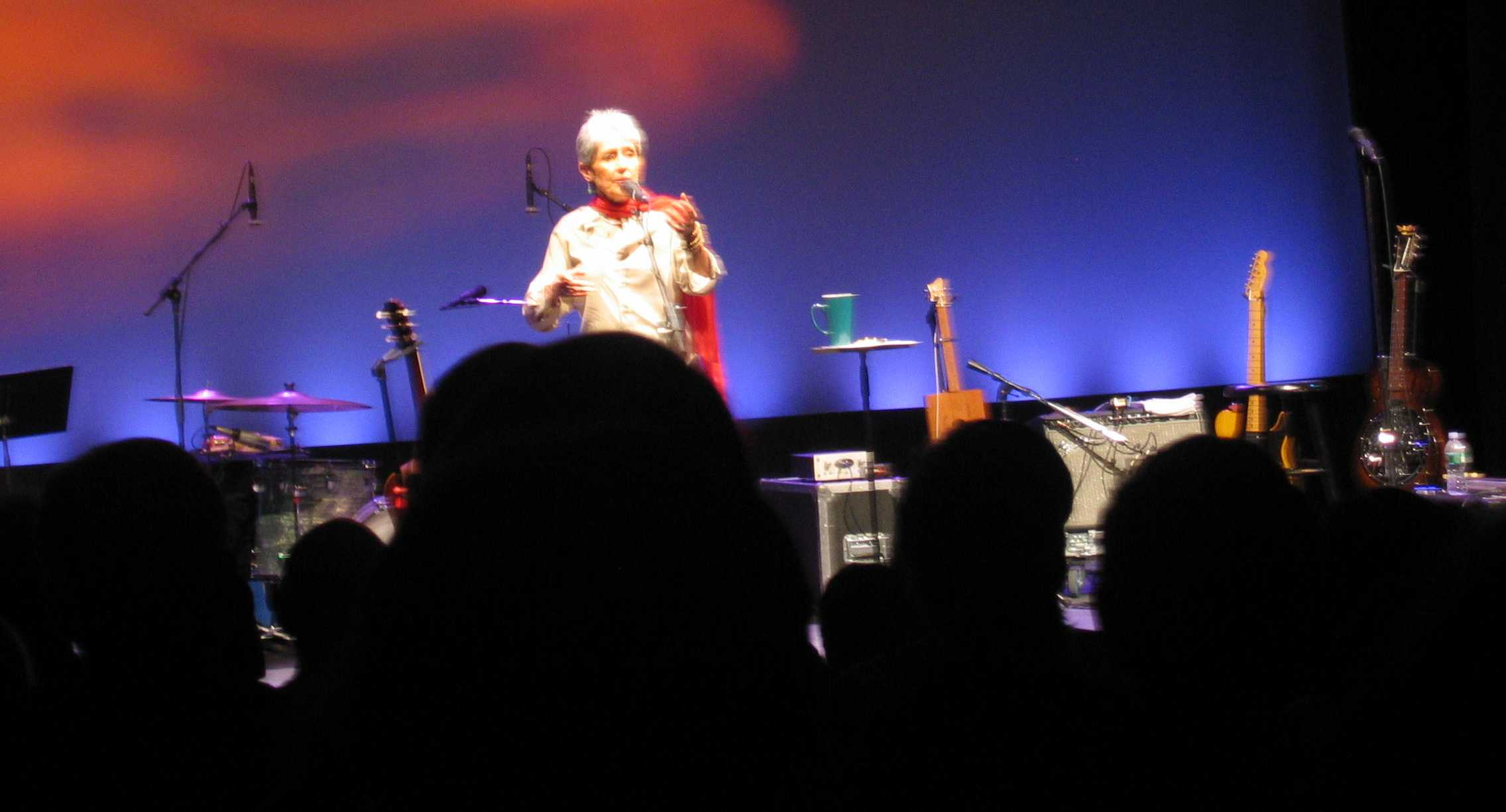Joan Baez Amazing Grace