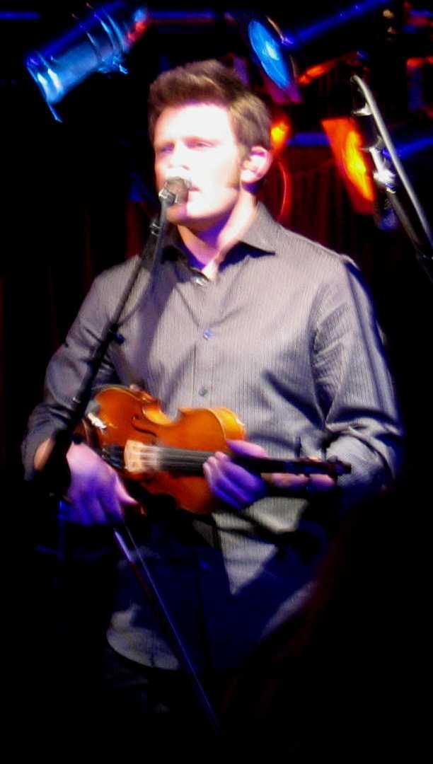 Luke Bulla Singing